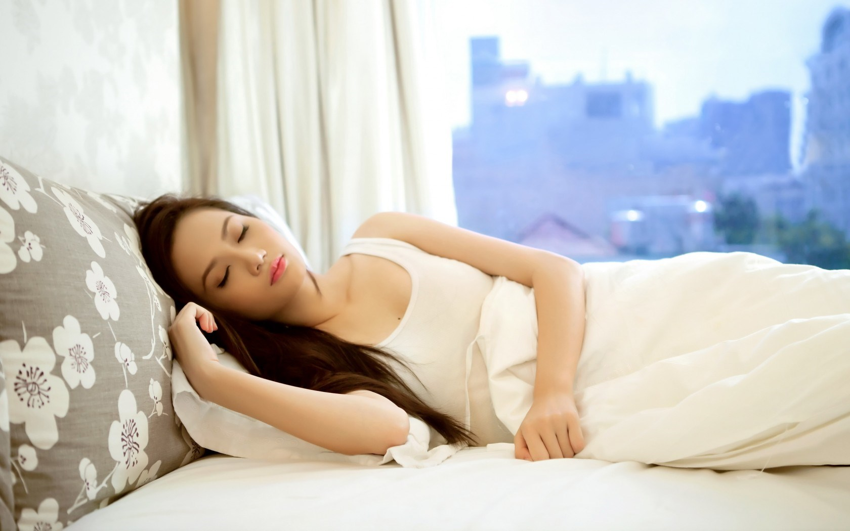 Beautiful-Sleep-Woman-Picture-6524